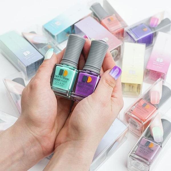 Mood Gel nail polish