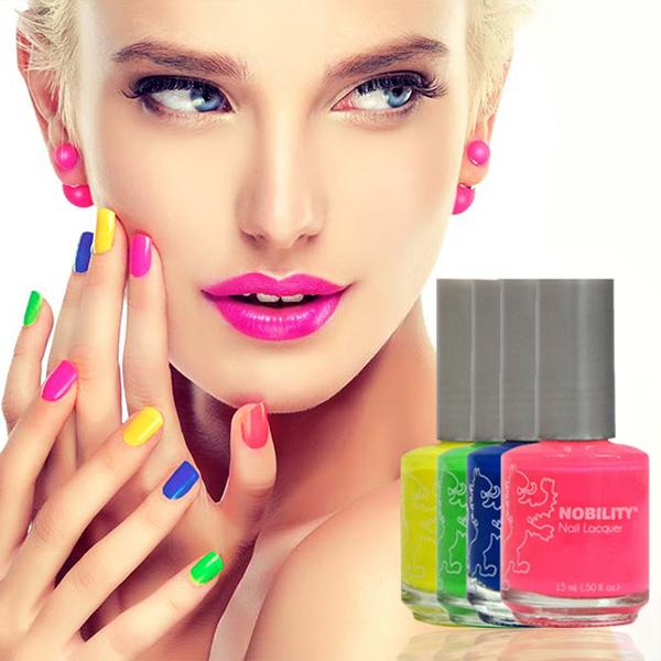 Gel nail polish with nail lacquer